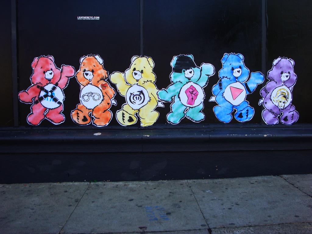 gay-care-bears_3982386021 …dürfen hier natürlich nicht fehlen. :)